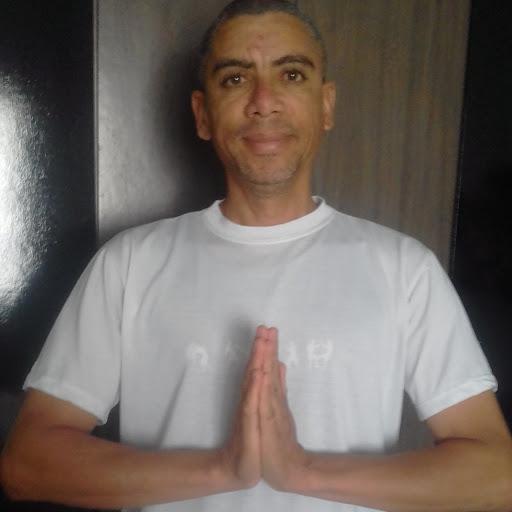 ROBERTO EDUARDO