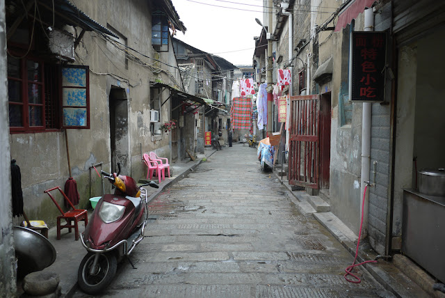 alley off of Taiping Jie in Changsha, China