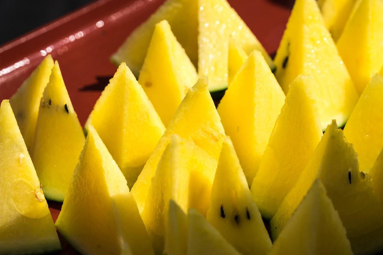 黄色い果肉のひまわりすいか