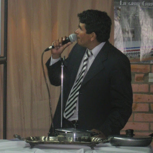 Nestor Diaz Photo 17