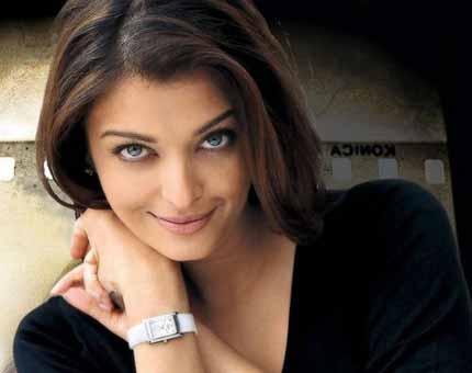 Aishwarya Rai Bachchan Has a Cute Baby Girl