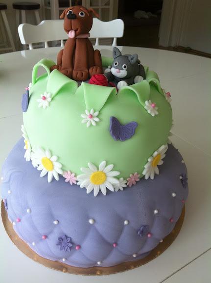 Hund-och katt tårta