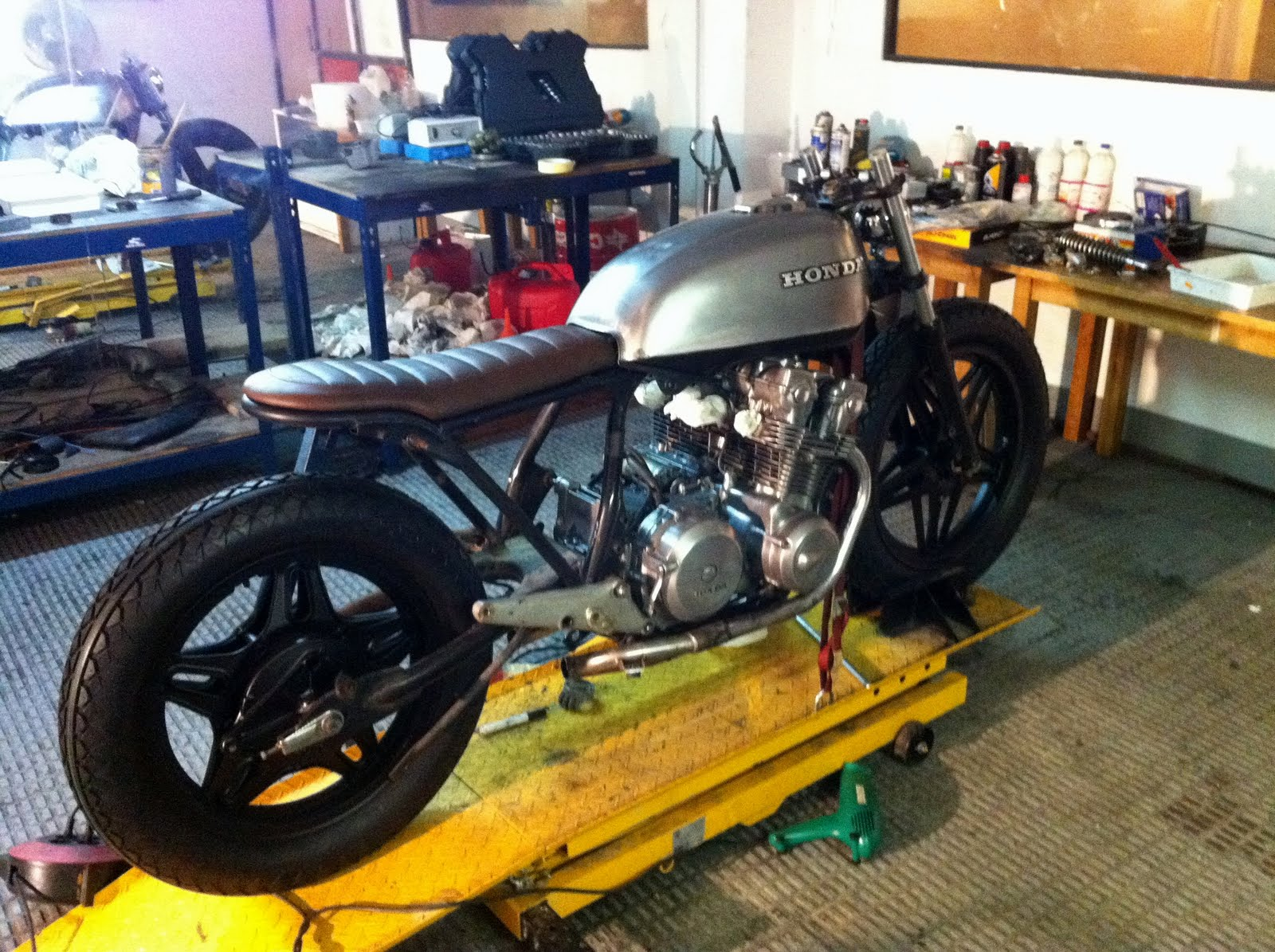 gascap motor 39 s blog c clope an honda cb 750 kz of 1979. Black Bedroom Furniture Sets. Home Design Ideas