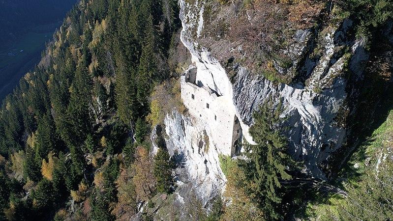 Site de Kropfenstein, canton de Grison