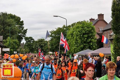 Vierdaagse van Nijmegen door Cuijk 20-07-2012 (44).JPG