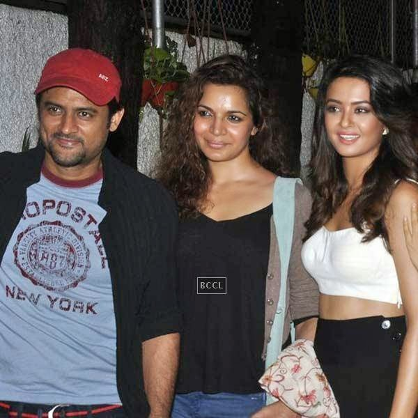 Manav Gohil and Shweta Kawatra pose with Surveen Chawla during the premiere of Bollywood movie Hate Story 2, held at Super Sunny Sound in Mumbai, on July 17, 2014.(Pic: Viral Bhayani)