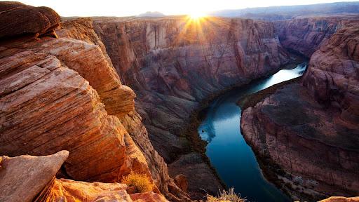 Horseshoe Bend Overlook, Glen Canyon National Recreation Area, Page, Arizona.jpg