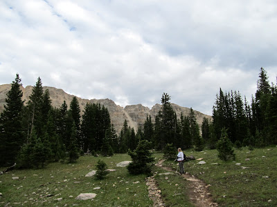 On the trail to Amethyst Lake