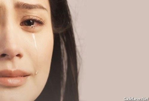 Ảnh người phụ nữ khóc
