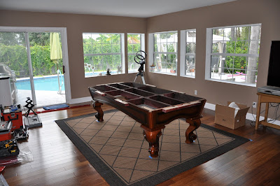 Incroyable Pool Table