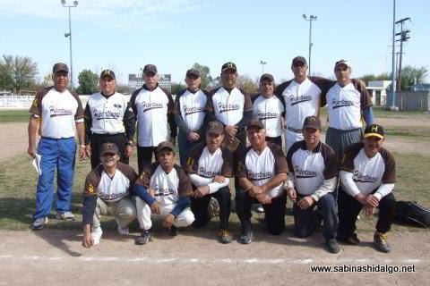 Equipo Hipertensos del torneo de softbol de veteranos