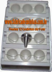 Fabrica de Coxinha com 9 Formas de 9 cm