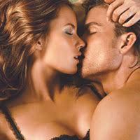 seks edukasi belajar foreplay, foreplay, pemanasan, seks, hot, pelukan, ciuman, panas, posisi bercinta