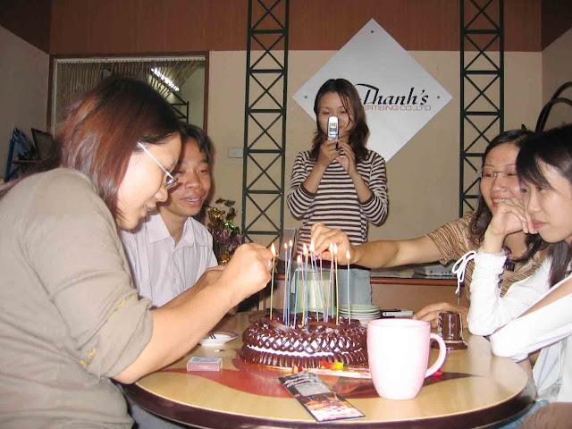 Sinh nhật thành viên Đoàn Mạnh Hùng, công ty Thanhs