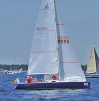 J/100 sailing Bayview Mackinac Race