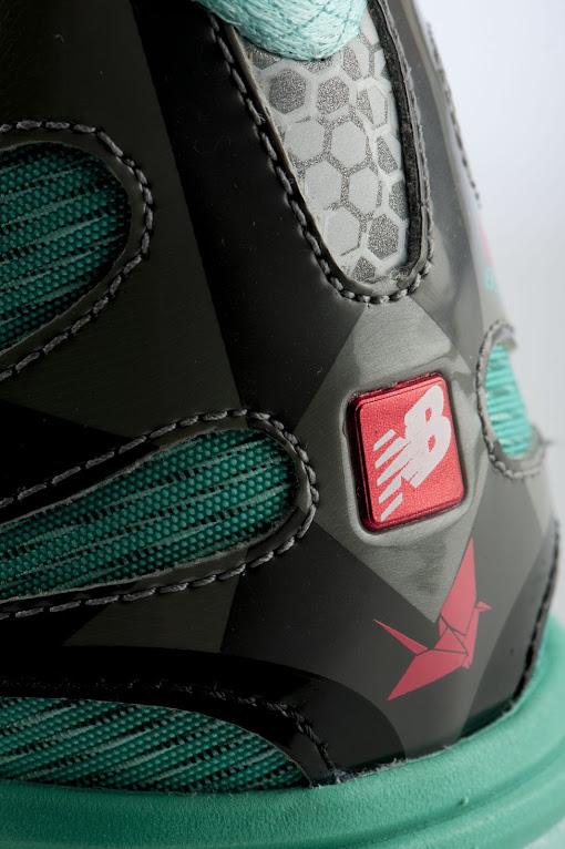 *New Balance 超輕量跑鞋:890城市紀念款! 13