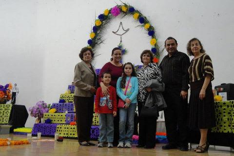 Familia del Profr. Santiago A. Vara Jiménez