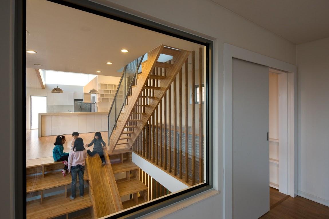*首爾 Moon Hoon 全景六角形建築設計:溜滑梯+樓梯+書櫃強大結合! 2