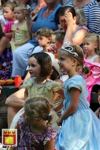 Doornroosje Openluchttheater Overloon 01-08-2012  (72).JPG