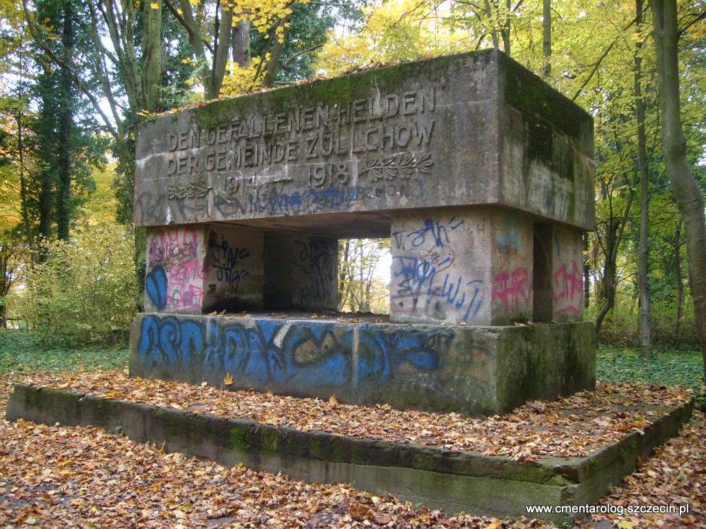 monumentalny pomnik pierwszowojenny w Żelechowej
