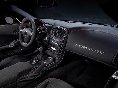 Chevrolet-Corvette_Z06_Centennial_Edition_2012_1600x1200_Interiorl_02