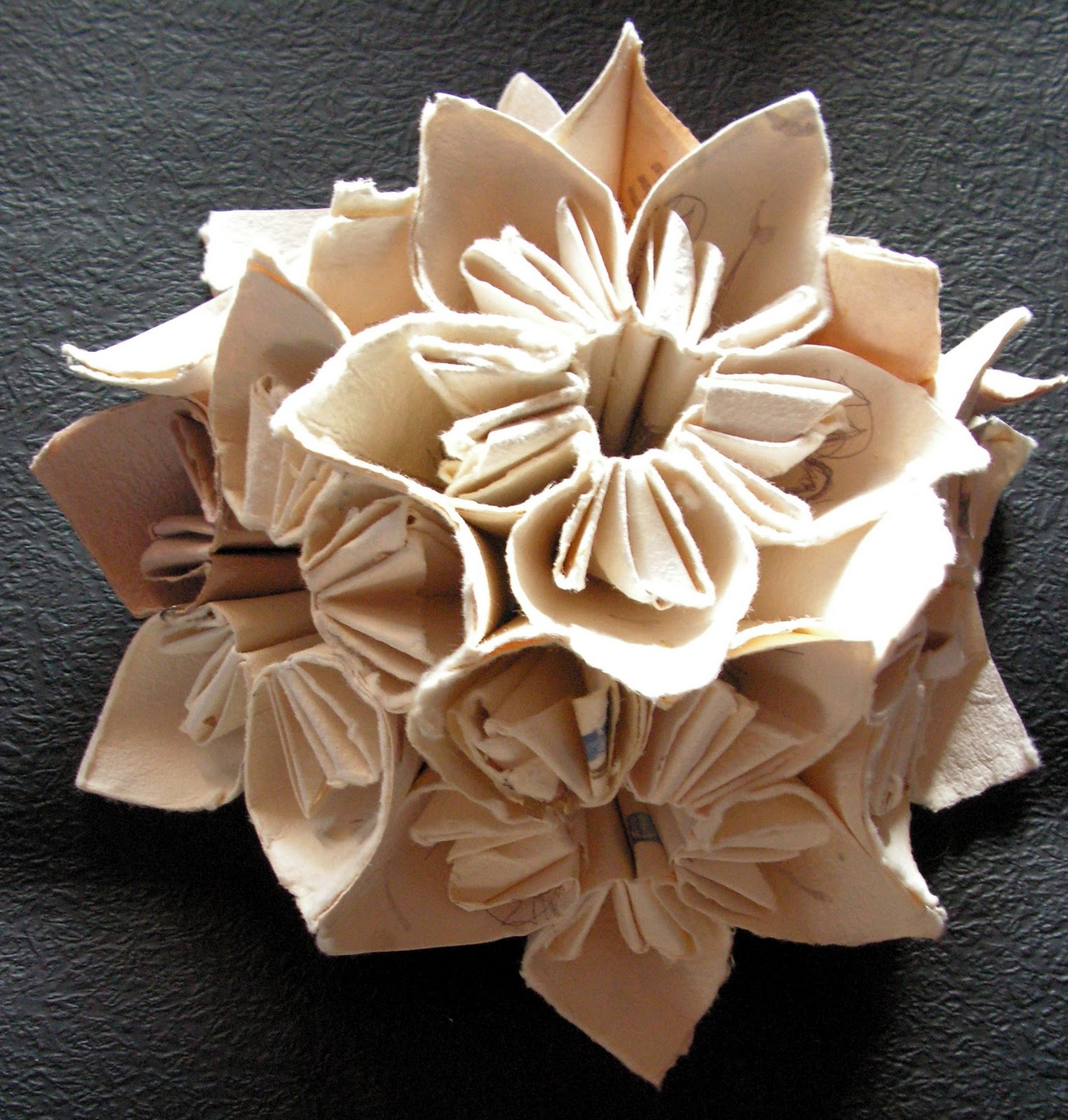 A Luna Concept Origami Wedding Accesories