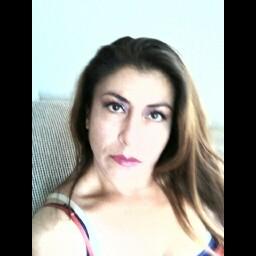 Adela Cruz Photo 20