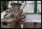 na zdjęciu pierzasty smok motyw z religii dawnego Meksyku