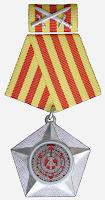 014e Kampforden für Verdienste um Volk und Vaterland in Silber am Kriegsband www.ddrmedailles.nl