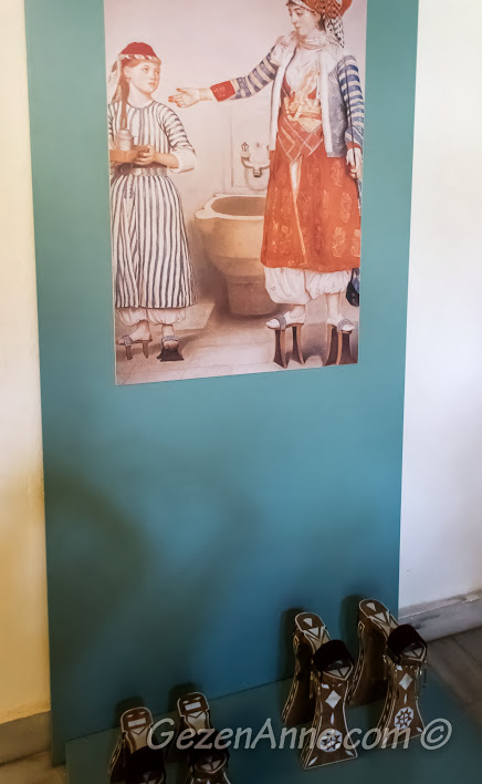 hamam analarının kullandığı terlikler (nalınlar), Türk Hamam Müzesi Beypazarı