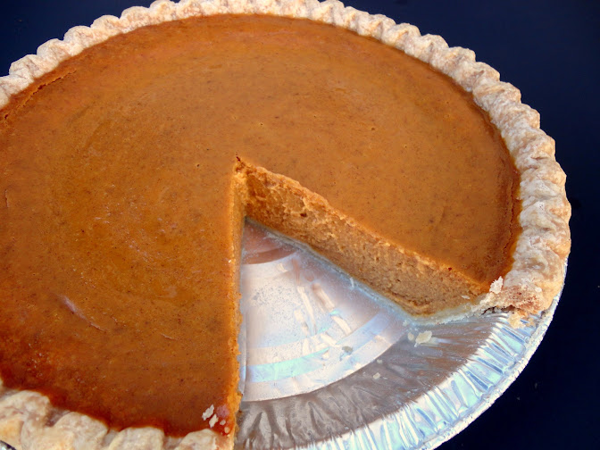 Perfect Pumpkin Pie | veronicascornucopia.com