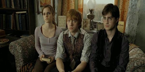 Screen Shot Of Hollywood Movie Harry Potter and the Deathly Hallows: Part 1 (2010) Download And Watch Online Free at alldownloads4u.com