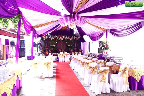 Tenda dekorasi sentris untuk pesta perkawinan