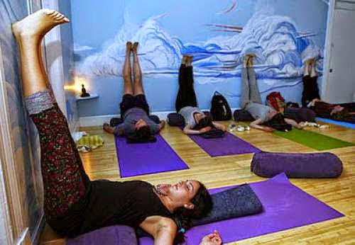 Foreigners Flock To World Yoga Capital