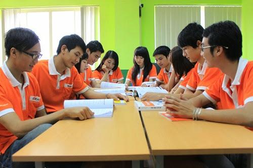 Sinh viên Cao đẳng thực hành FPT Polytechnic được học tập dựa trên thực tế nghề nghiệp, ra trường đáp ứng được ngay yêu cầu của công việc.