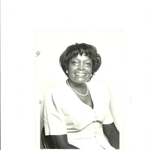 Dorothy Mcdowell Photo 16