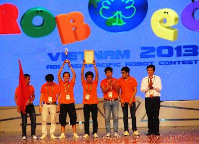 khach-san-ven-bien-da-nang-Vietnam-1-giai-nhi-robocon-2013