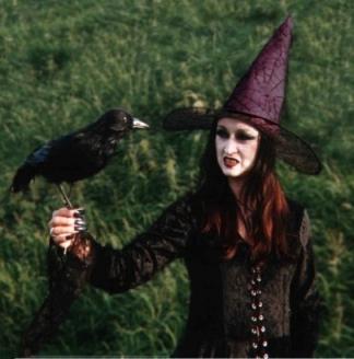El 7 De Octubre Las Runas Freya Lovegoddess Del Amor Y De Magic