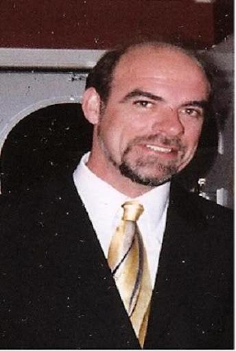 Everett Johnson Photo 42