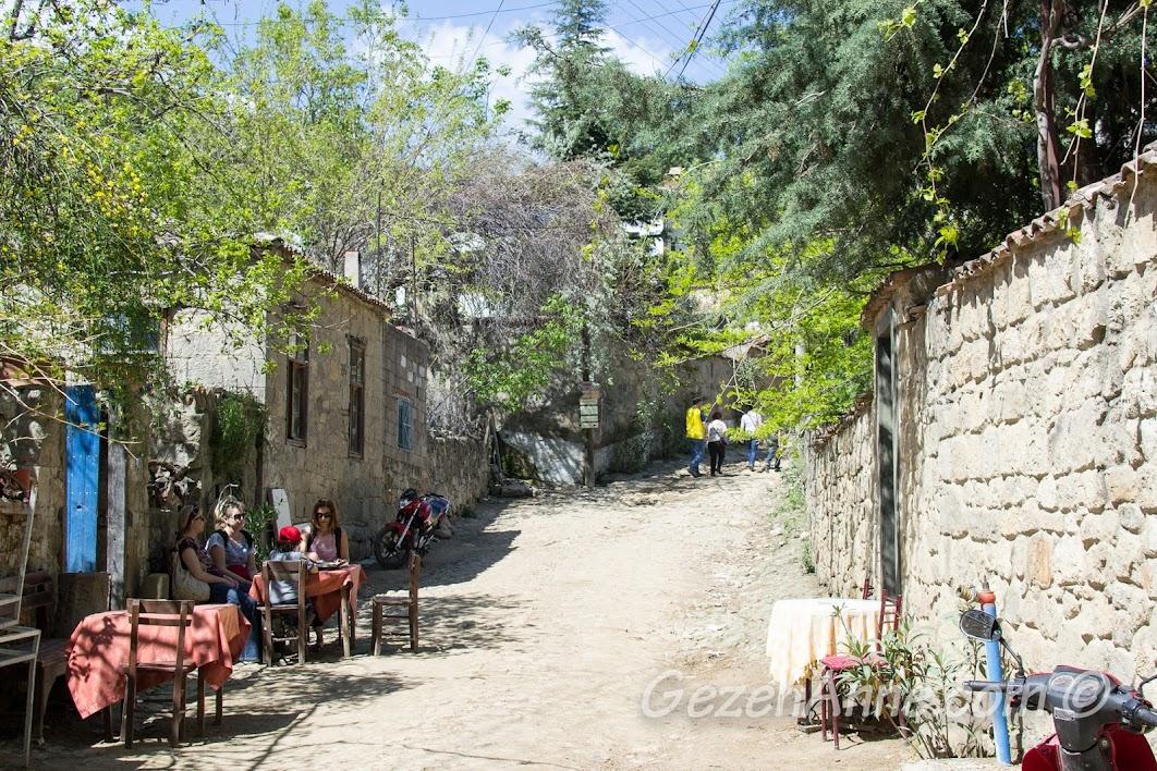 Adatepe Köyü sokakları, Çanakkale