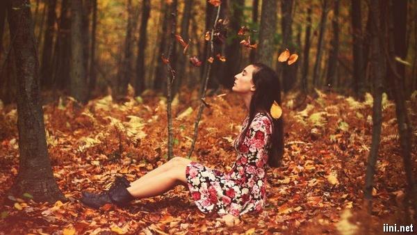 ảnh tâm trạng của cô gái mùa thu