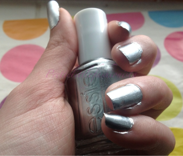 Essie No Place Like Chrome Swatch