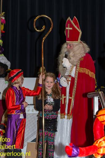 Intocht Sinterklaas overloon 16-11-2014 (84).jpg