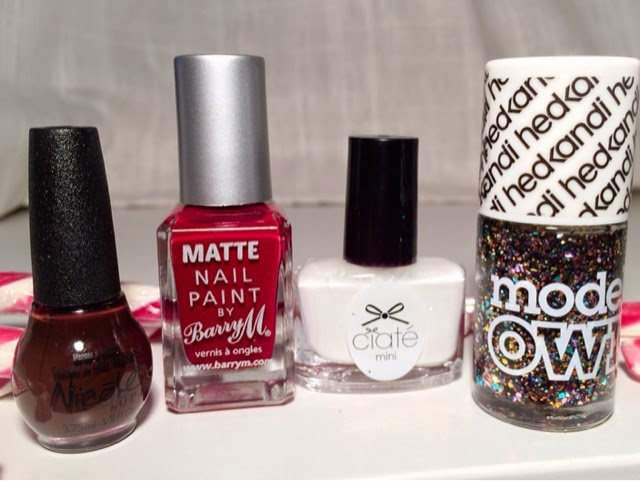 best-christmas-nail-polishes