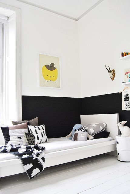 Make the Walls Look Extra Fun With His Two Favorite Colors