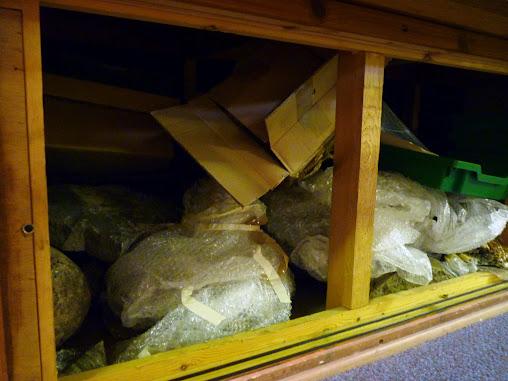 A photograph of an uncurated, uncatalogued Geological Cupboard