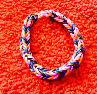 Multicoloured fishtail loom band