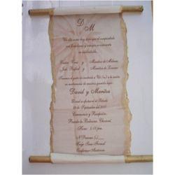 Invitación de boda en rollo de papiro