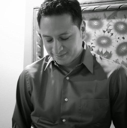 Hugo Torres Photo 21