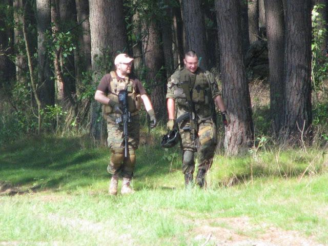 Roman (Navy Team) i Darecki (Black Widow S?upsk KP) w drodze na resp